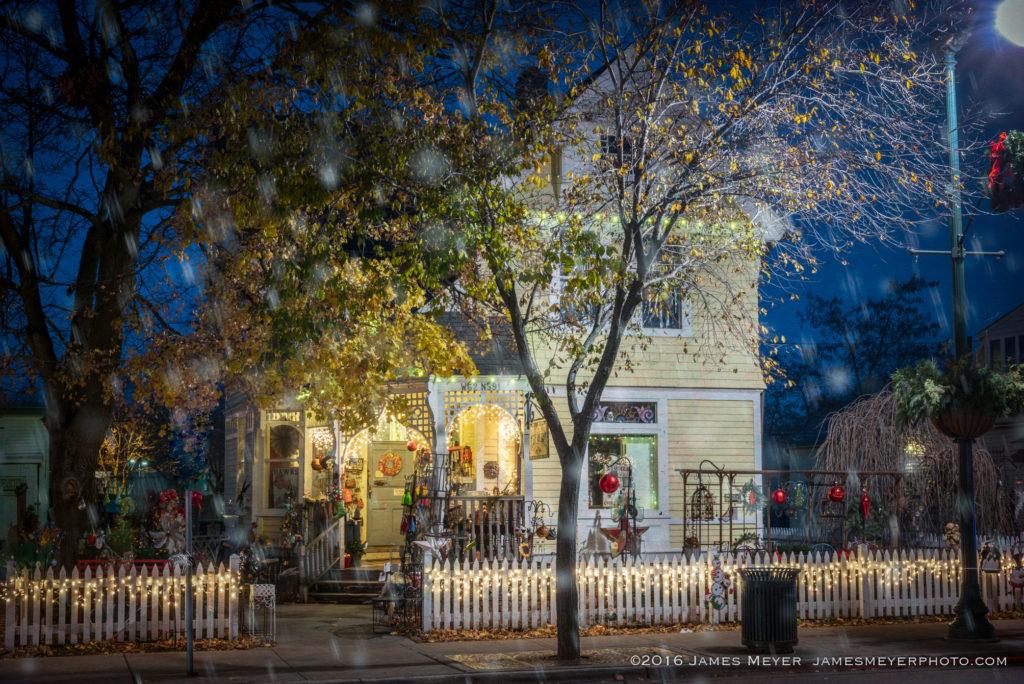 Classic americana home Cedarburg Wisconsin
