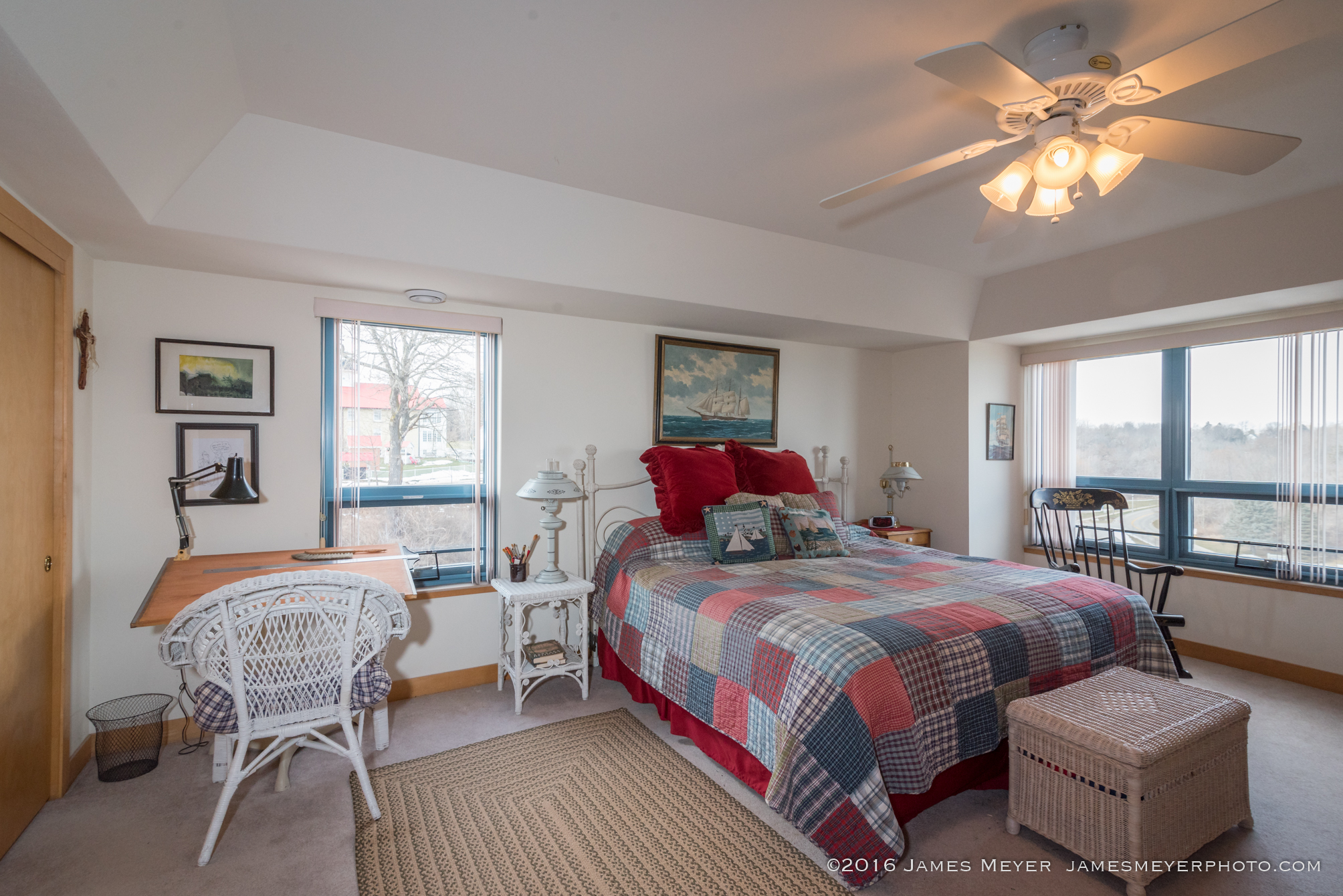 415 Lake Street No 705 photographed for Tom Didier Team RE/MAX in Port Washington WI